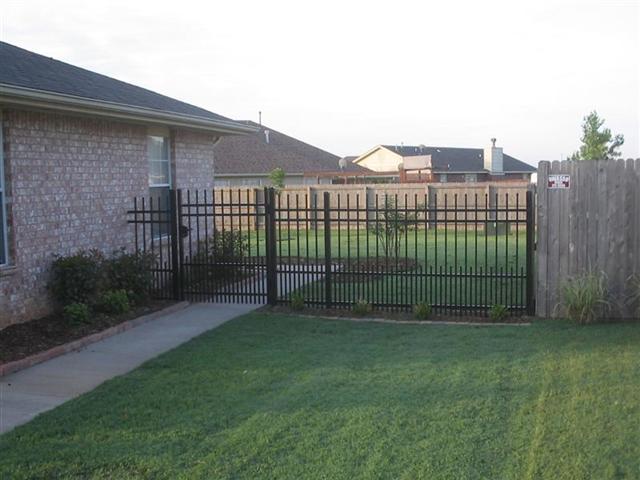 Echelon Plus Puppy Panel Hawaii Fence Supply